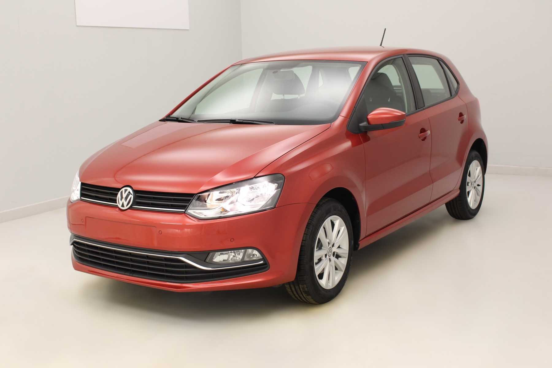 VOLKSWAGEN Nouvelle Polo 1.4 TDI 90 BlueMotion Technology Confortline Rouge Sunset - Garantie 5 ans ou 100.000 kms avec options