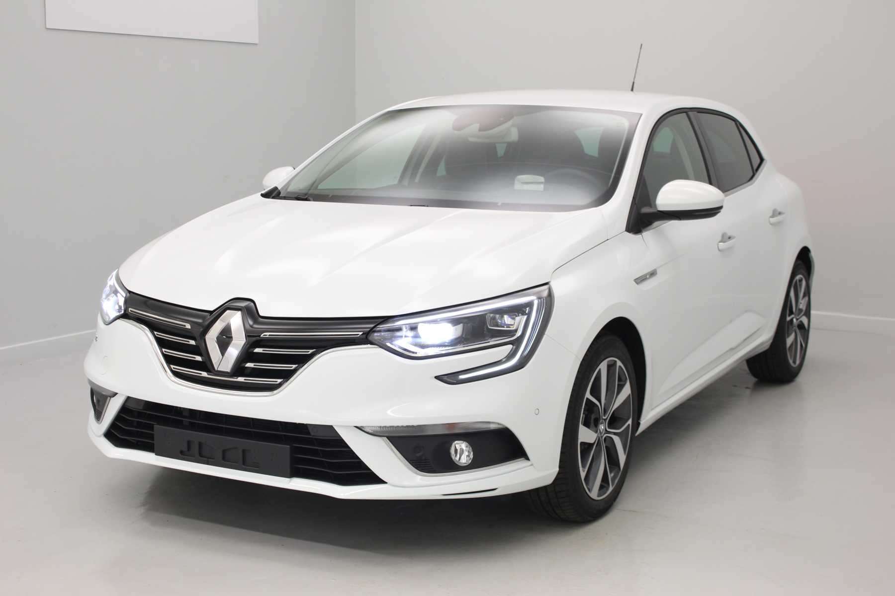 RENAULT Nouvelle Mégane IV Berline dCi 110 Energy Intens EDC Blanc Glacier + Pack Easy Parking avec options