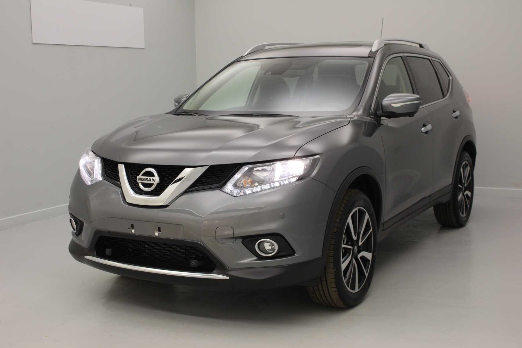 NISSAN X-Trail 1.6 dCi 130 Euro 6 5pl N-Connecta Gris Squale avec options