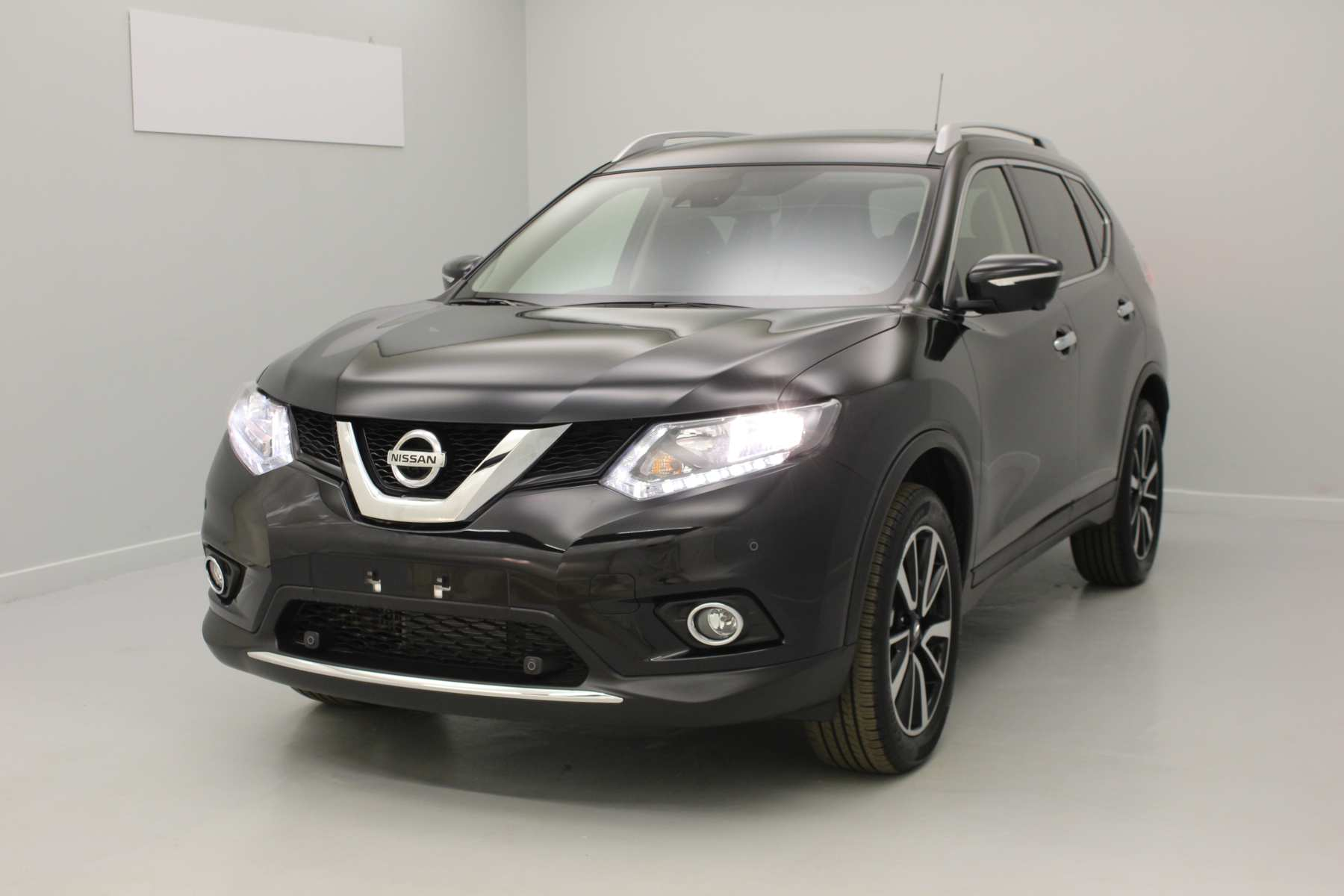 NISSAN X-Trail 1.6 dCi 130 Euro 6 7pl N-Connecta Xtronic A Noir Intense avec options