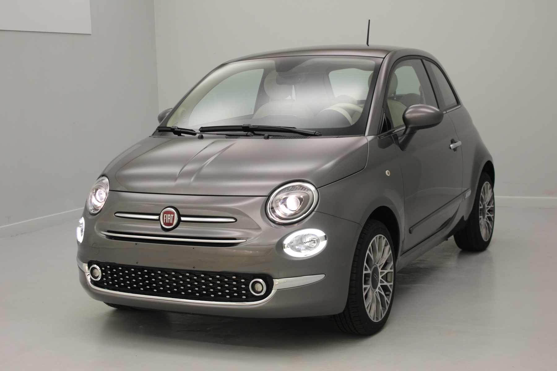 FIAT 500 1.2 69 ch Lounge Eco Pack Electroclash Grey + Climatisation automatique avec options