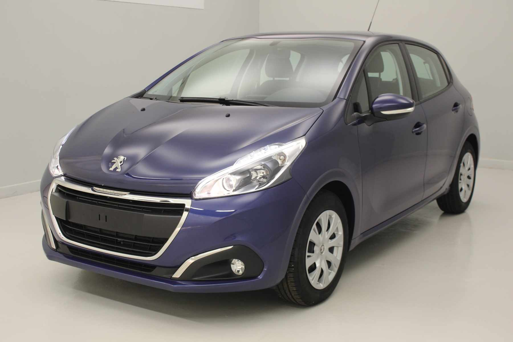PEUGEOT 208 1.2 PureTech 82ch BVM5 Active Bleu Virtuel + Navigation avec options