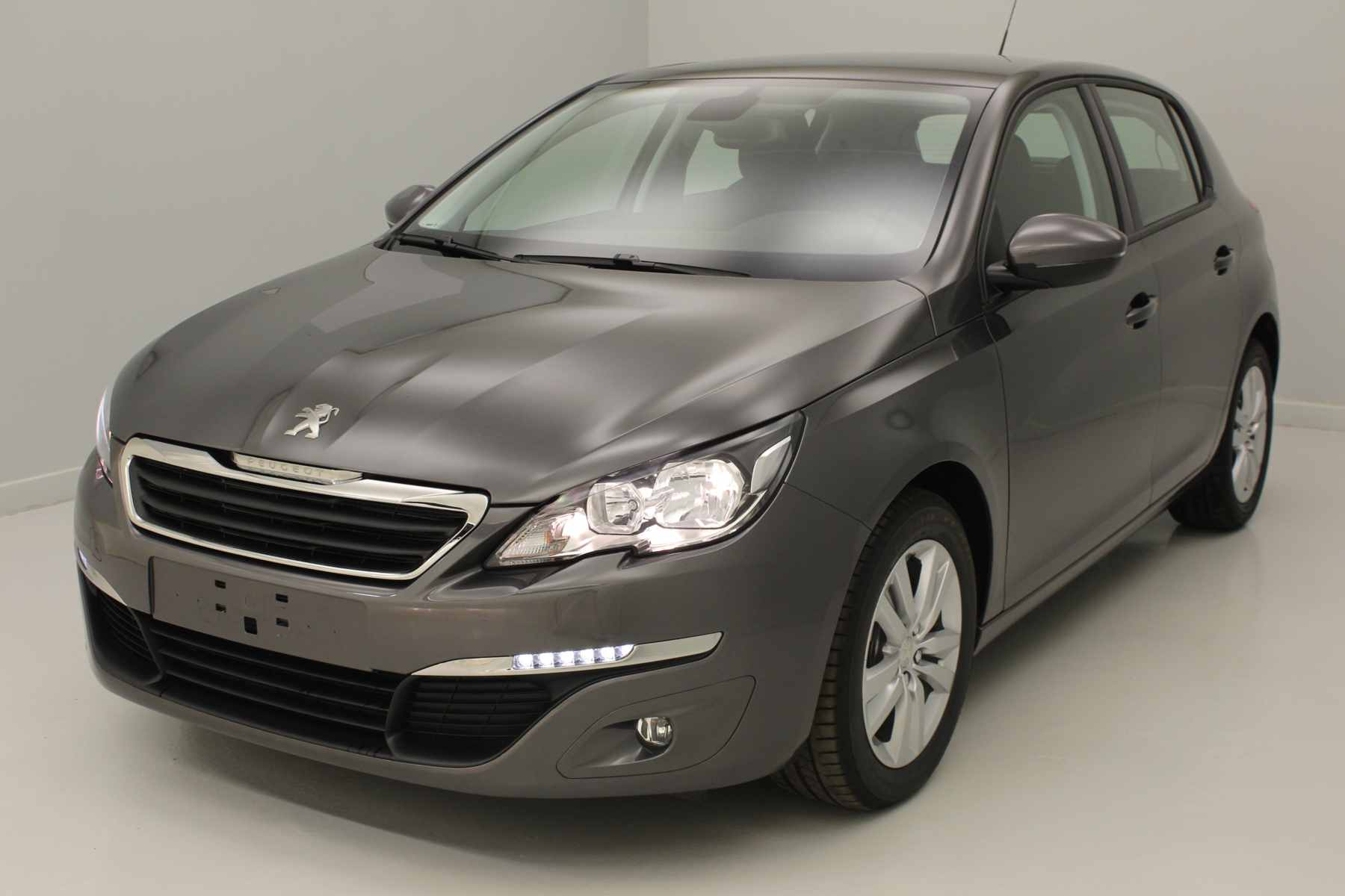 PEUGEOT 308 1.6 BlueHDi 120ch S&S EAT6 Active Gris Platinium+ Navigation avec options