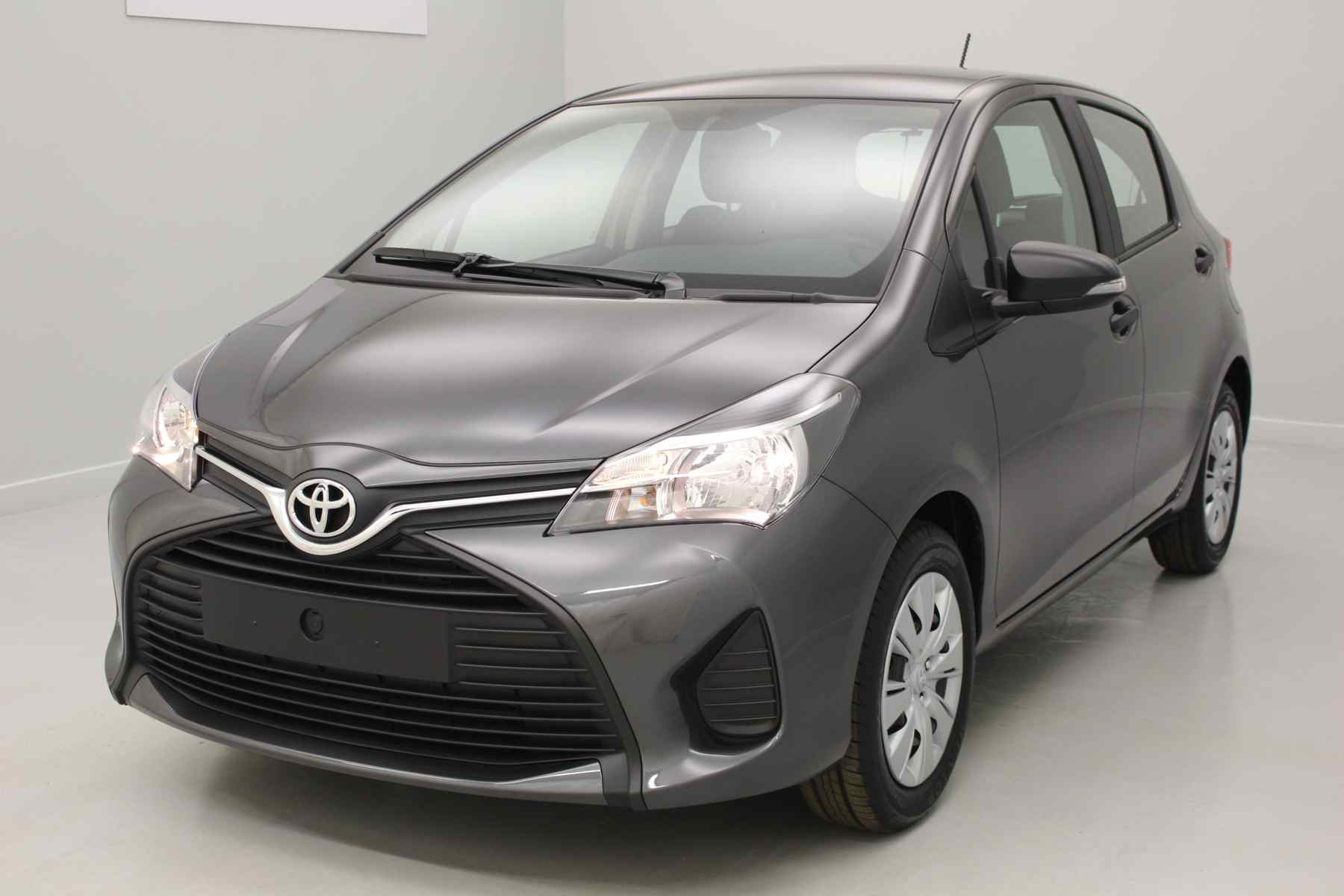 TOYOTA Yaris 69 VVT-i Active Gris Atlas + Climatisation manuelle avec options