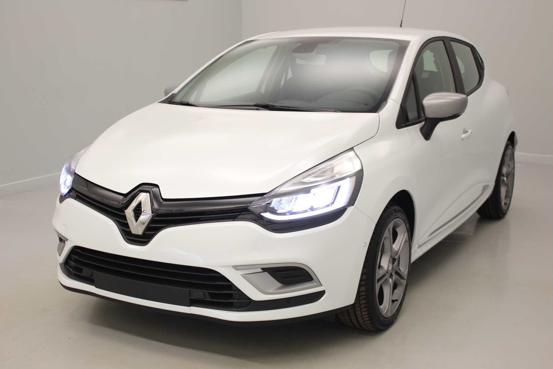 RENAULT Clio IV Nouvelle TCe 90 Energy Intens Blanc Nacré + Full Pack GT-Line + Roue de secours + Pack Techno avec options