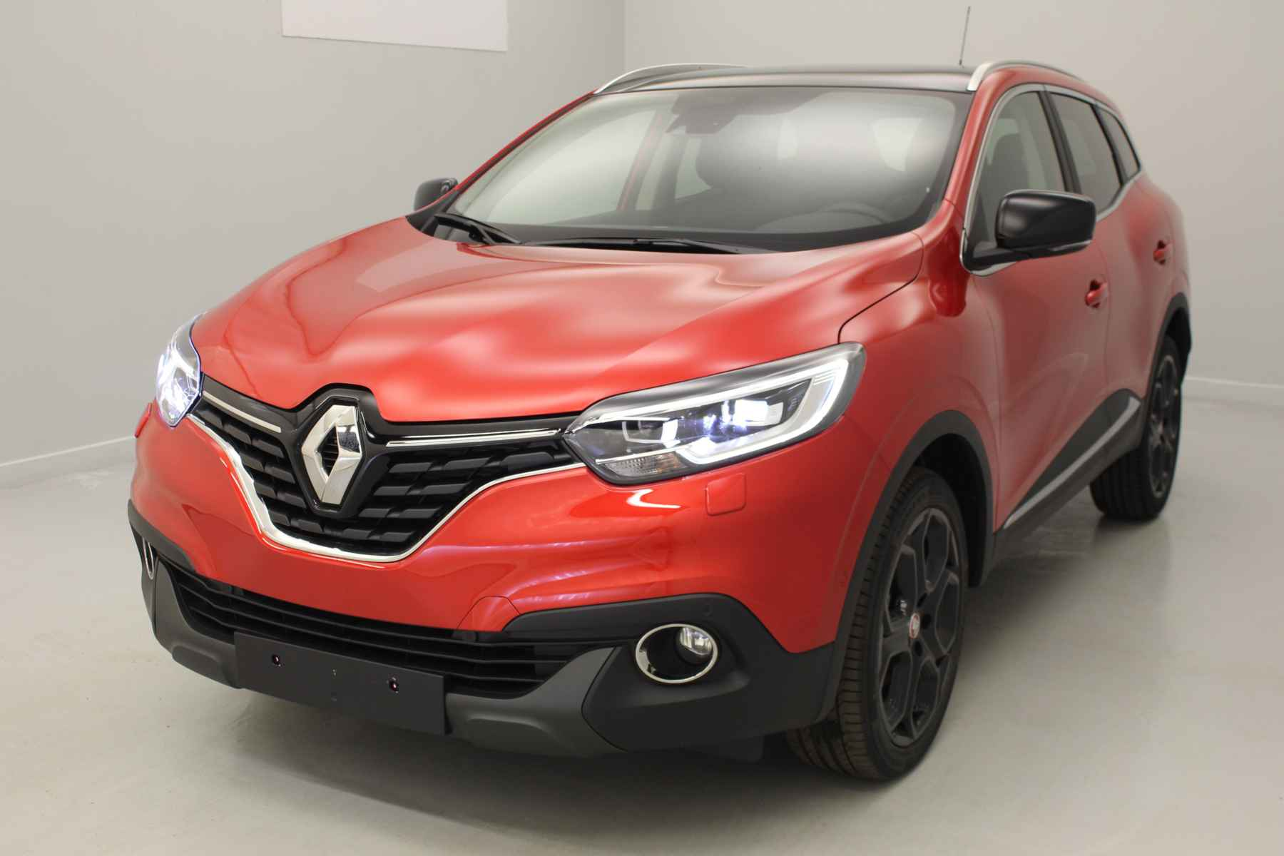 RENAULT Kadjar TCe 130 Energy Intens EDC Rouge Flamme + Pack Cuir + Toit panoramique avec options