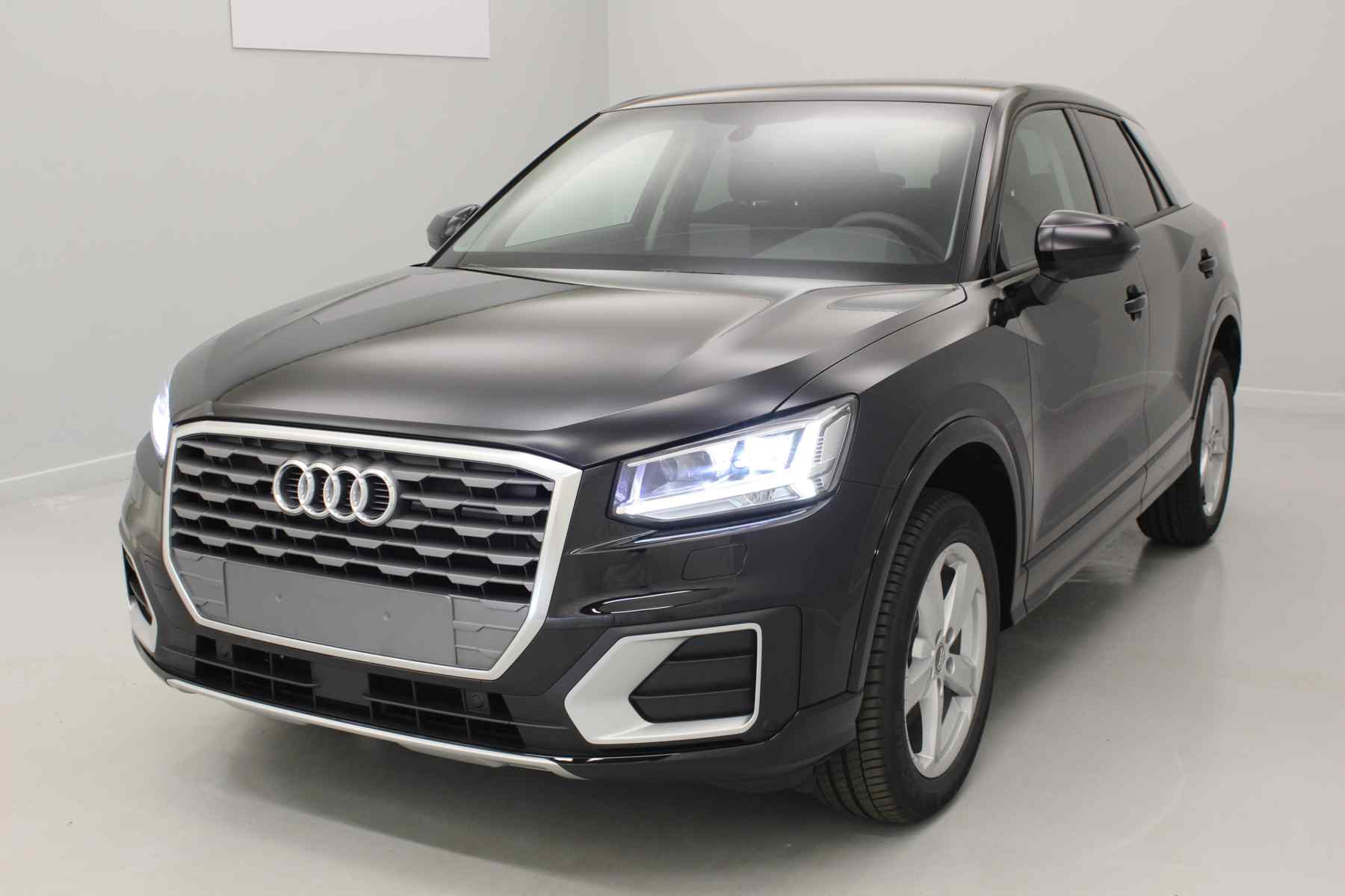 AUDI Q2 1.4 TFSI COD 150 ch S tronic 7 Sport Noir Mythic + Navigation+ Audi Parking System Plus + Caméra avec options