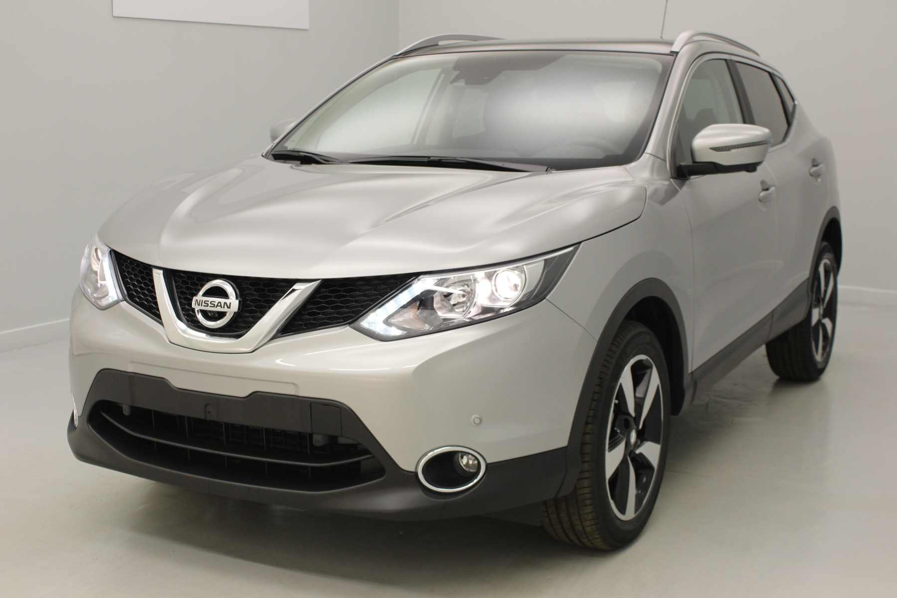NISSAN Qashqai 1.5 dCi 110 N-Connecta Gris Perle + Pack Design avec options