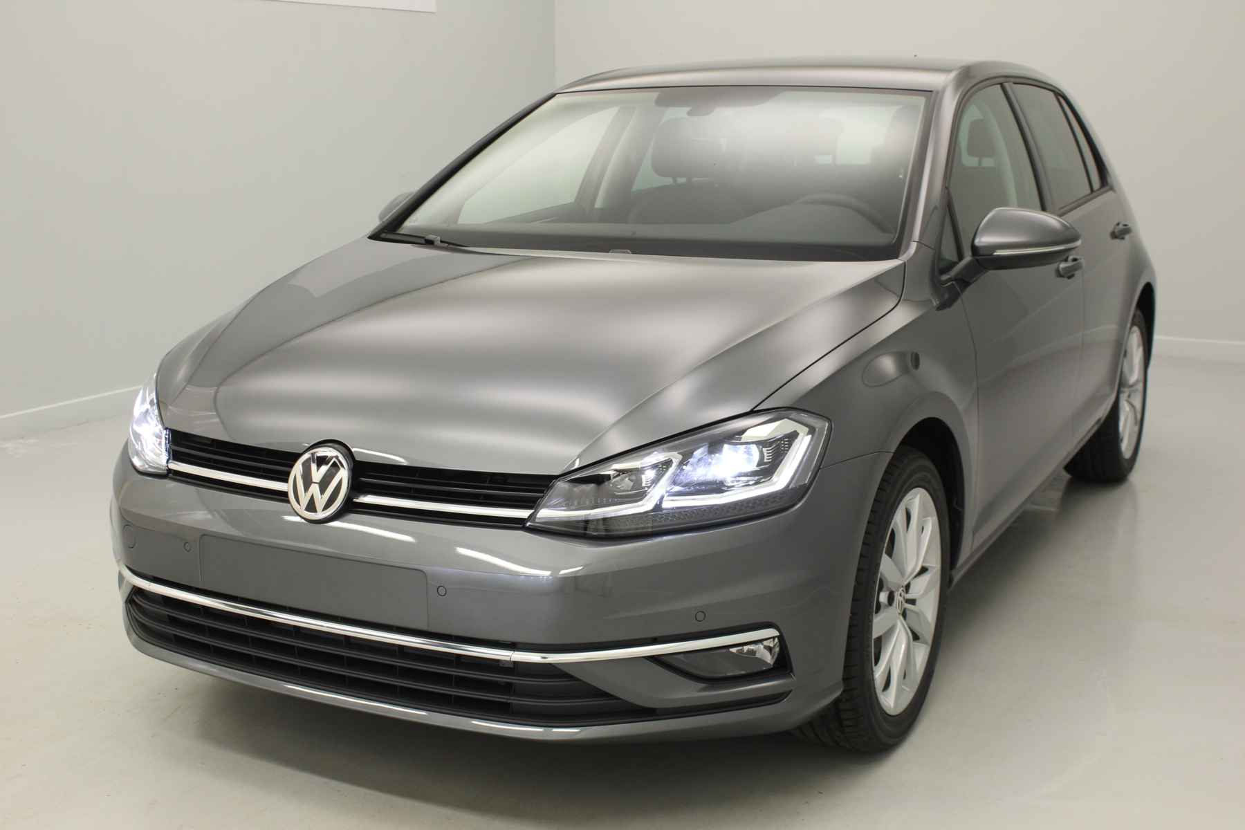 VOLKSWAGEN Golf Nouvelle 1.4 TSI 125 BlueMotion Technology Confortline Gris Indium + Pack Hiver + Alarme avec options