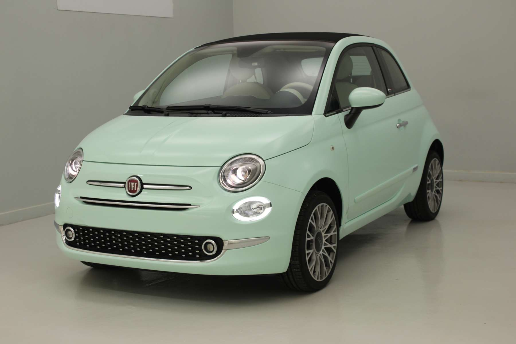 fiat 500 cabriolet prix fiat 500 s cabriolet prix prix fiat 500c fiat 500 cabriolet tarifs. Black Bedroom Furniture Sets. Home Design Ideas