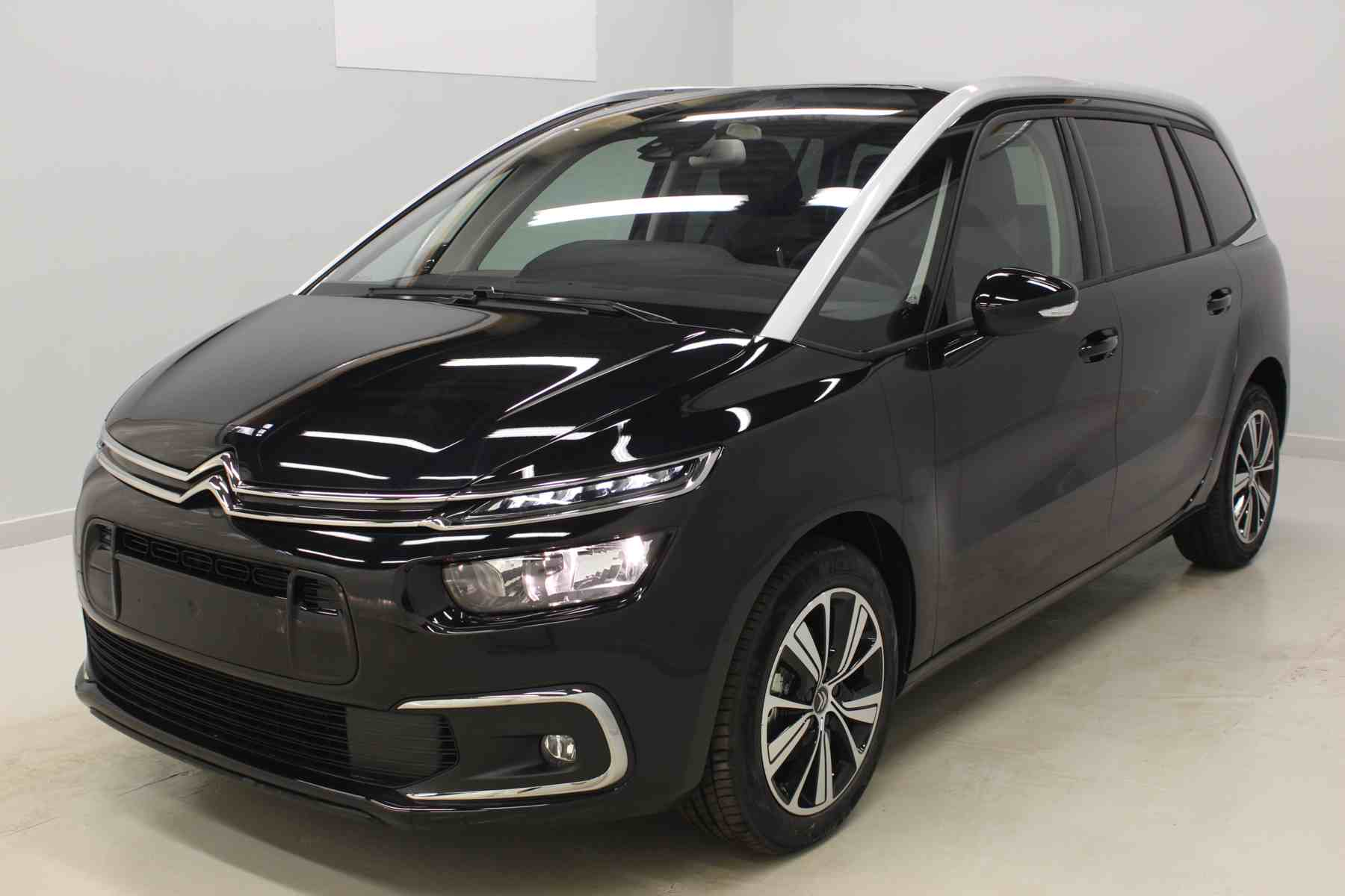 Acheter CITROEN Grand C4 SpaceTourer PureTech 130 S&S EAT8 Shine Noir Onyx + Vision 360 + Pack Drive Assist avec options chez un mandataire auto