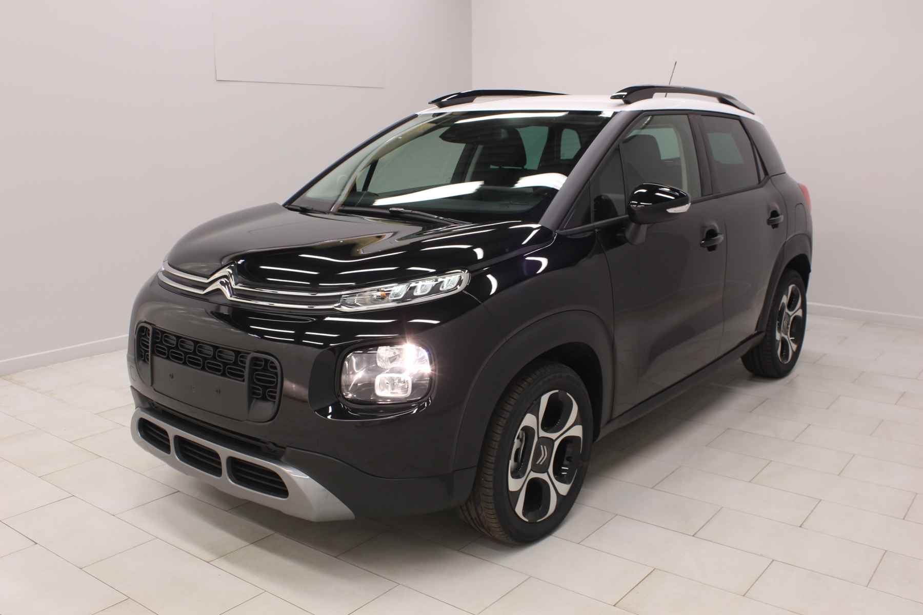 Acheter CITROEN C3 Aircross PureTech 110 S&S Shine Ink Black Toit Natural White +Pack Family avec options chez un mandataire auto